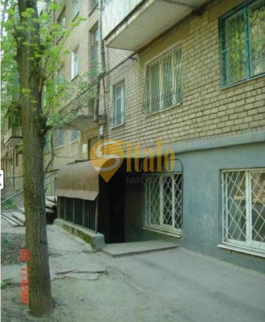 3к.кв з гаражем, по вул. Димитрова, (8-а поліклініка). 027