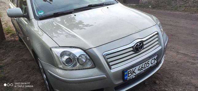 Toyota Avensis 2.0 2004