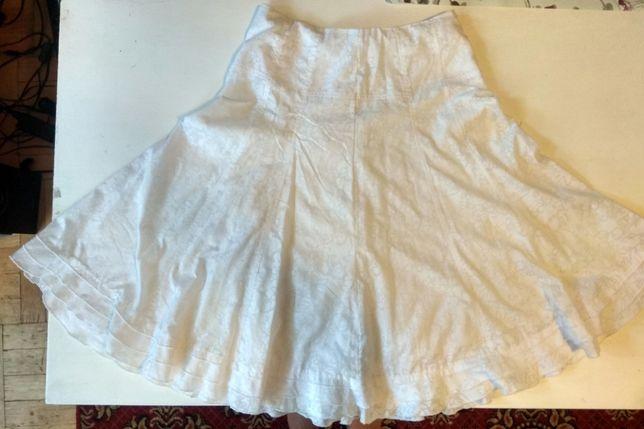 Biała spódnica midi z wysokim stanem Reserved rozmiar S