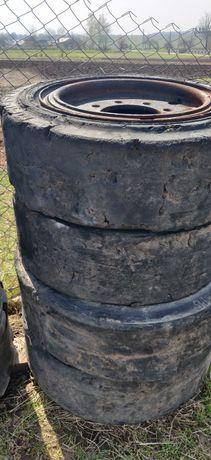 Колеса каучукові bobcat