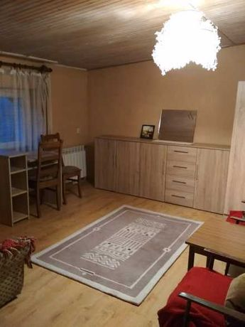 2 pokoje, kuchnia łazienka