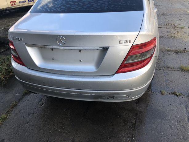 Mercedes w204 sedan klapa c775