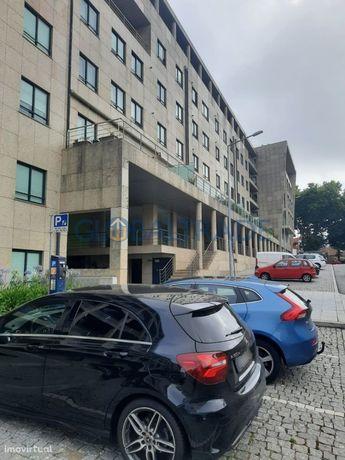 Lugar de Garagem - Mafamude, Vila Nova de Gaia