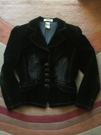 Czarny żakiet damski 38