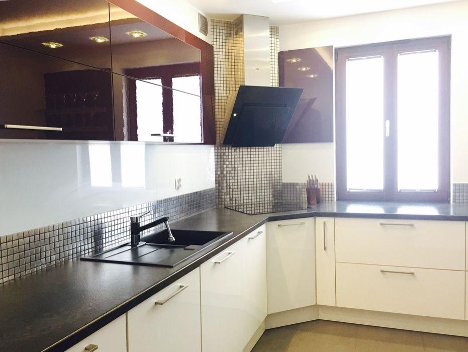 Mieszkanie 3 pokojowe, pełne wyposażenie, miejsce garażowe Słupsk - image 1