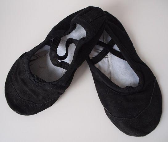 Baletki dziewczęce, świetne do tańca i gimnastyki – rozmiar: 32