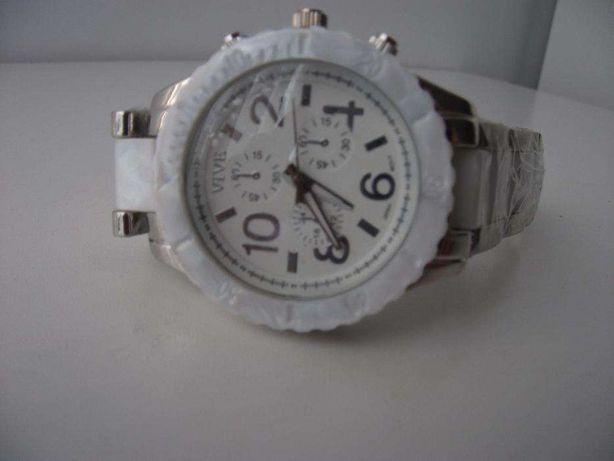 Relógio para Senhora com 2 cores metálico e branco