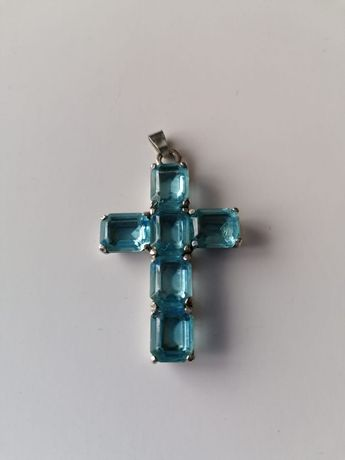 Piękny krzyż l. Srebro ze szlachetnymi kamieniami