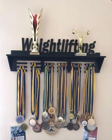 Медальница именная, полка для кубков, вешалка, холдер для медалей