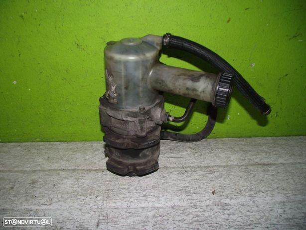 PEÇAS AUTO - Citroen Saxo / Peugeot 106 1.5 Diesel- Bomba de Direção Assistida - BDA59