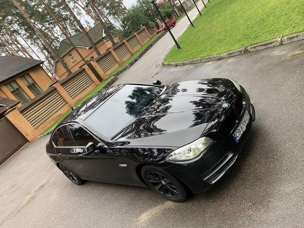 Продам BMW 528i 2014 года