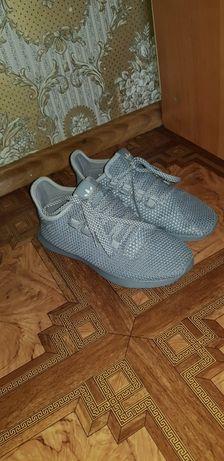 Крассовки Adidas оригинал
