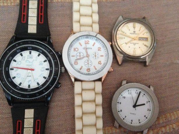 Продаю часы на запчасти