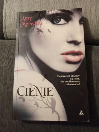 "Amy Meredith ""Cienie"""