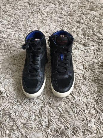 Продам осенние ботинки  на мальчика 33 р