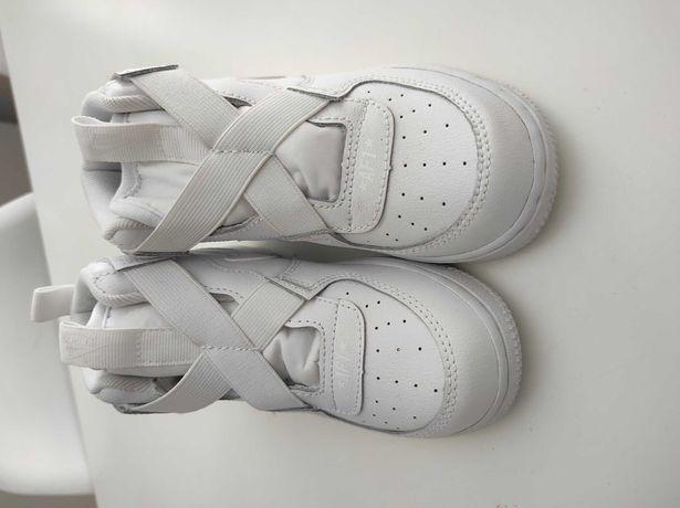 Buty Nike force 1 highness dziewczynka  rozm 26 dwa razy założone