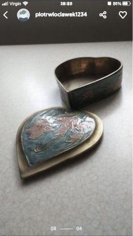 Mosiezna szkatulka w ksztalcie serca