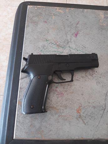 Pistola airsoft usada