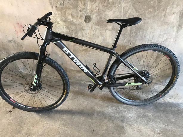 Vendo bicicleta roda 29 carregada de extras.