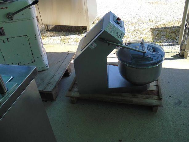 Amassadeira de garfo de 30 litros
