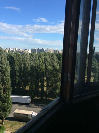 Сдам 2 комнатную квартиру пр Леся Курбаса