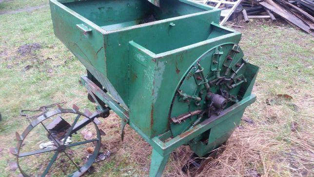 sadzarka do ziemniaków, zawieszana do ciągnika