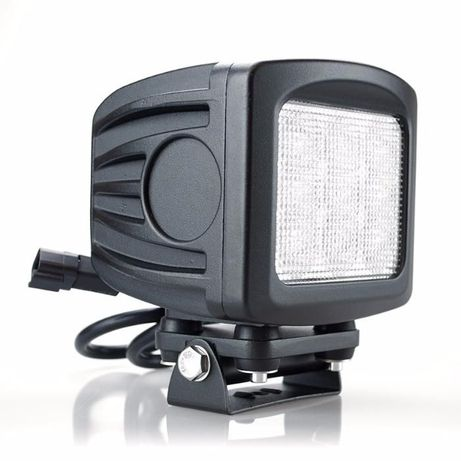 Projector Led 90 Watt FHK-9009S com 9000 Lumens (Espalhador) ENVIO 24H