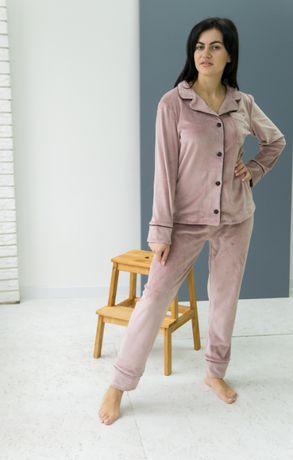 Пижама велюровая женская на пуговицах