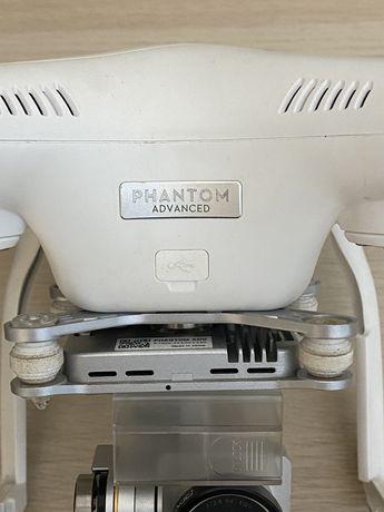 Drone Phamtom com varios acessórios