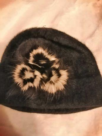 Czapka damska czarna