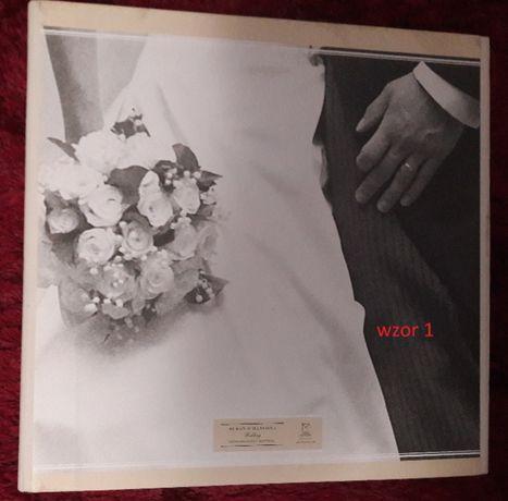 ALBUM na tradycyjne zdjęcia fotograficzne 30X30/ sa 3 wzory do wyboru.