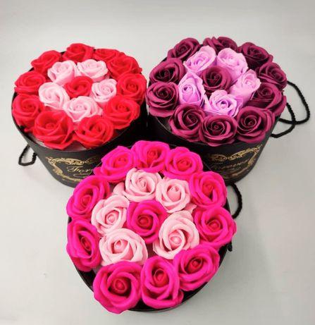 """Цветы в коробке """"Love You""""! Подарок на 8-ое Марта! Ручная Работа!"""