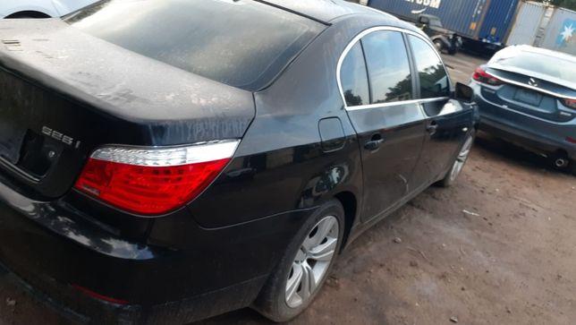 BMW E60 528i N52B30 USA Прямує до України