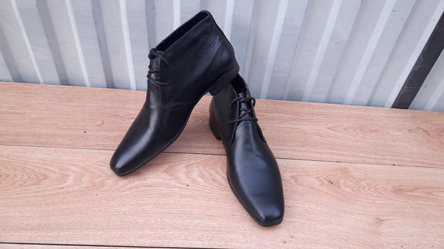 Абсолютно новые Chukka ботинки Red Tape демисезонные осень/весна