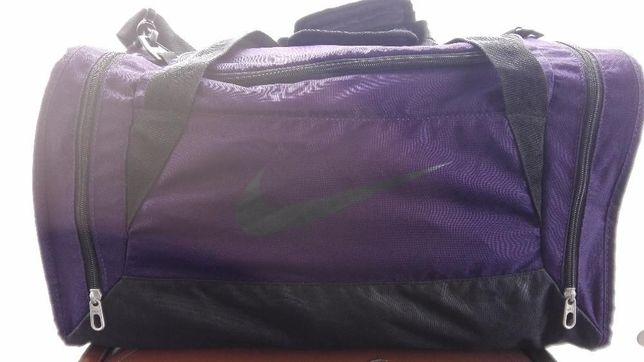 duża torba NIKE, neseser nowa