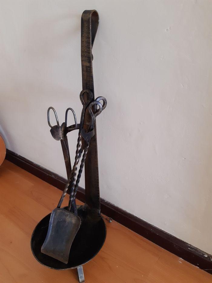 Conjunto de utensílios para lareira São Vicente Ferreira - imagem 1