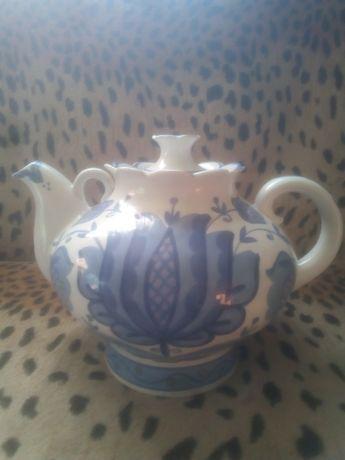Фарфоровый чайник гжель СССР