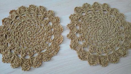 serweta średnicy 24 cm ręcznie robiona złota , na święta na koszyczek