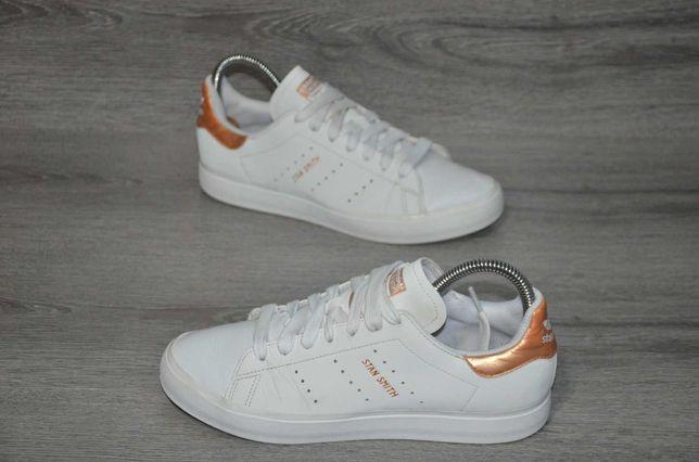 Продам кожаные кроссовки  Adidas  STAN SMITH .