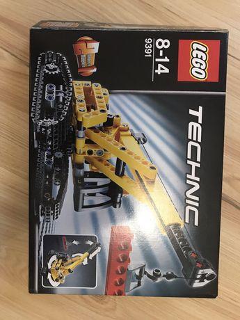 Lego Technic 9391 - dźwig, spychacz