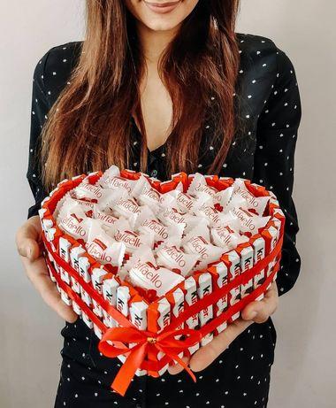 Торт из конфет, подарок девушке, жене, подарунок дівчині, дружині