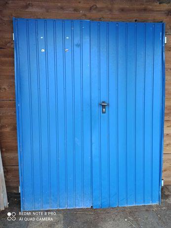 Sprzedam drzwi do garażu