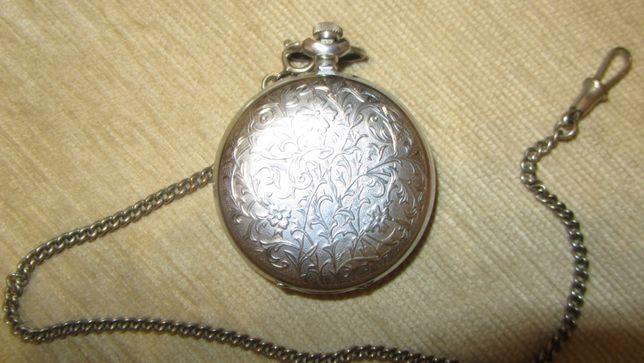"""Часы карманные """"Молния 3603"""" с противоударным механизмом."""