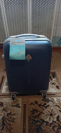 Rgl чемодан польша поликарбонат