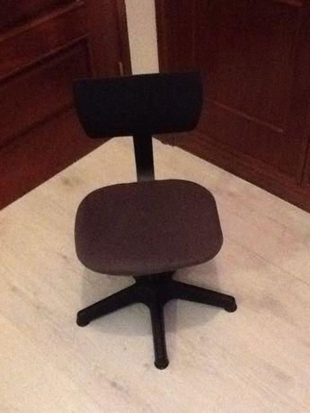 Cadeira giratória para secretária de criança, IKEA, nova, por montar