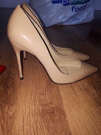 Туфлі розмір 37-38 ( 24см)