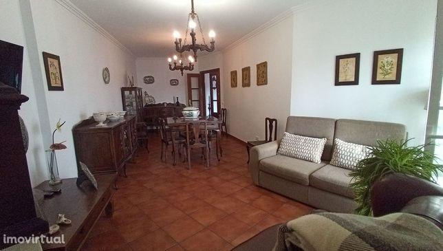 Apartamento T3 com vista sobre a Cidade de Vila Viçosa