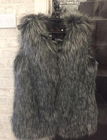 Продам жилет (жилетка шуба куртка)