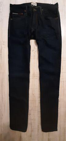 Tommy Hilfiger Nowe 33/34 jeans model Ryan 82 cm pas