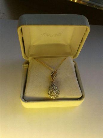 Золотое ожерелье к камнями